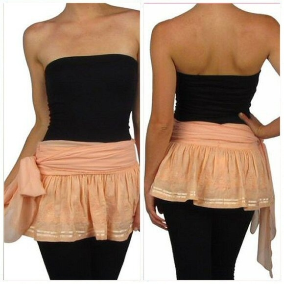 Dresses & Skirts - NWT Coral Ruffle Mini Skirt Size L
